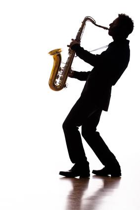 Saxophonist spielt für Events